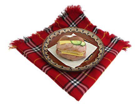 sandvich-s-bonfile-kashkaval-krugla-pitka